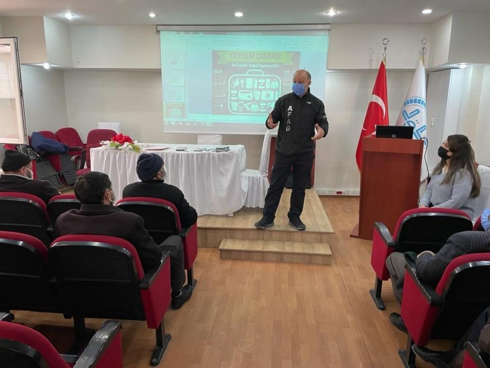 Kars'ta AFAD eğitimleri sürüyor