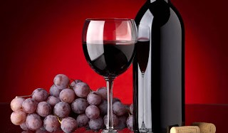 Θεραπεύστε τους μώλωπες με κρασί