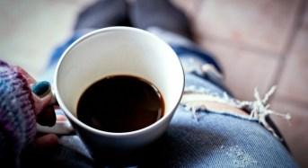 Πότε πρέπει να πιεις καφέ; Μάθε ακριβώς πόσο και πότε!