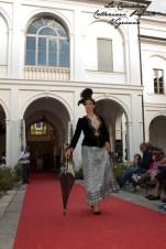 """abiti antichi indossati - """"La Camelia Collezioni"""""""