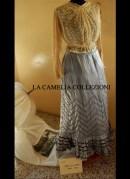 gonna in seta taffetas bordi velluto bustino in tulle ricamato a mano 1860 - moda femminile 1800 - la camelia collezioni
