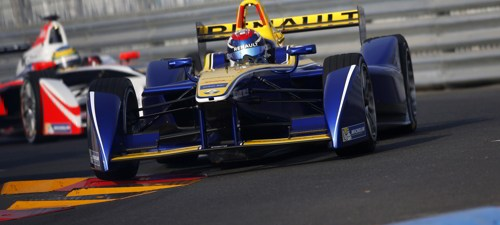 Buemi wins first race of the Formula E season