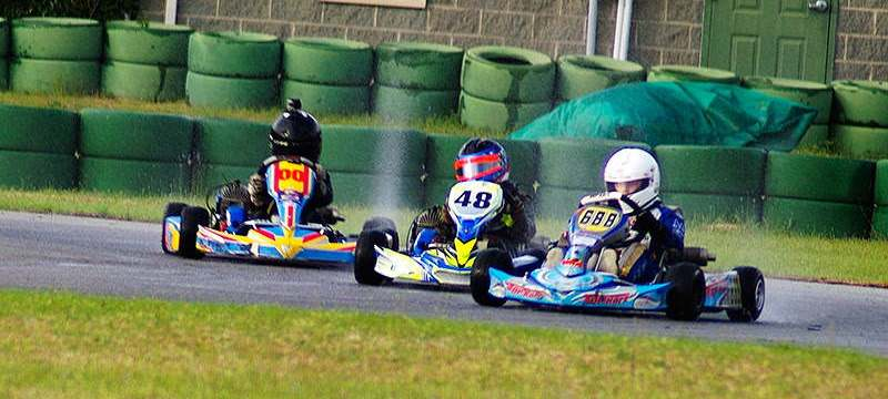 Rain racing late Saturday at the AKRA Sprint debut at CMP