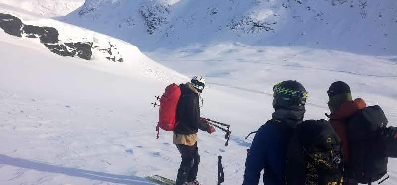 Skitouring & Snow Safety