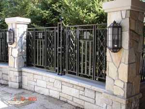 jasa pembuatan pagar rumah dengan besi minimalis mewah jogja yogyakarta klaten magelang