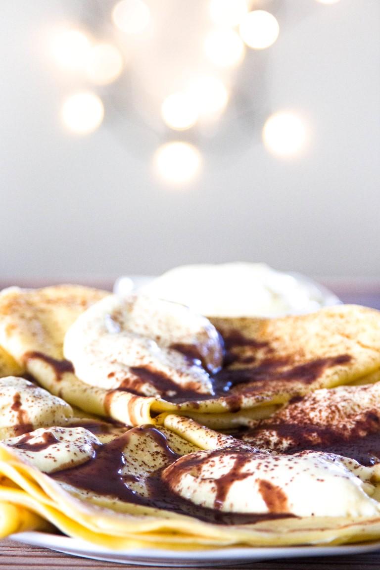 Rezept-Tiramisu-Pfannkuchen-mit-Schokoladensauce-1_