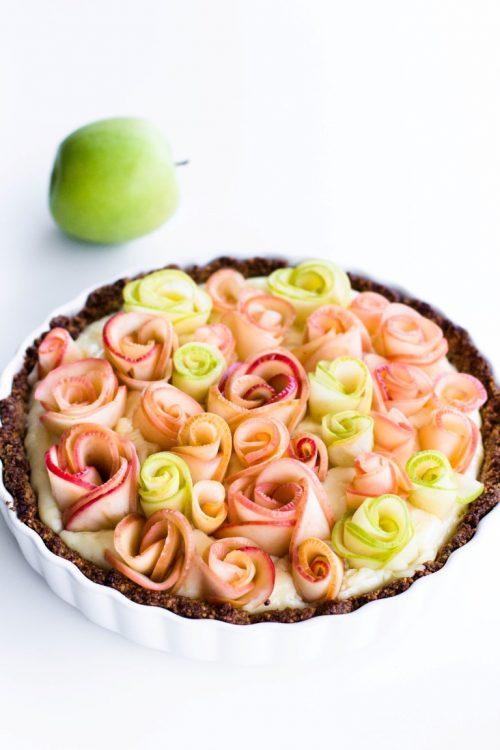 Apfelrosen-Kuchen-mit-Walnussboden-Rezept-1