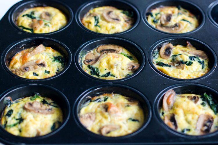 Eier-Muffins-mit-Spinat-und-Champignons-Rezept-Frühstück-7