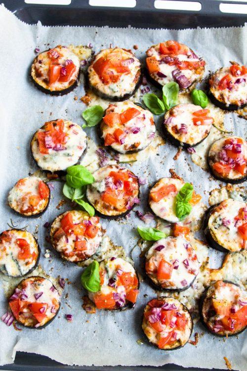 Auberginen-Pizzette-überbacken-Mozzarella-Gorgonzola-Tomate-Rezept-18