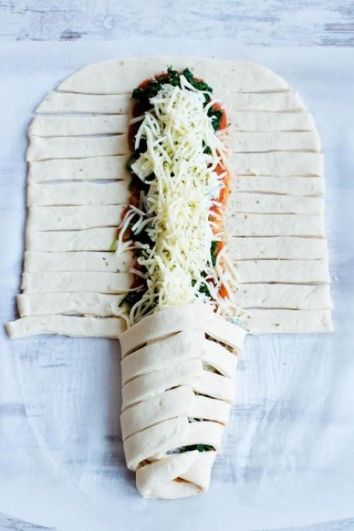 Pizzazopf-Spinat-Mozzarella-Gorgonzola-Rezept-1