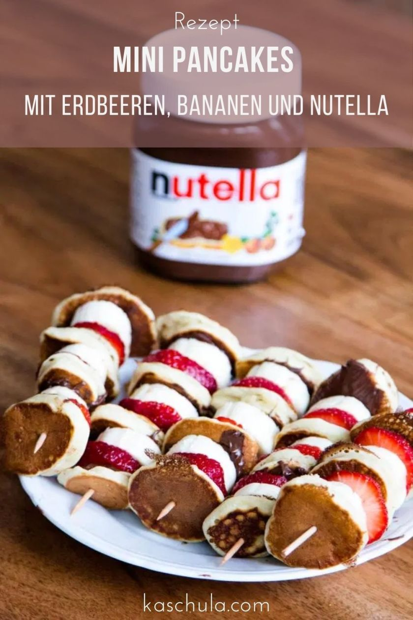 Mini Pancakes mit Erdbeeren, Bananen und Nutella