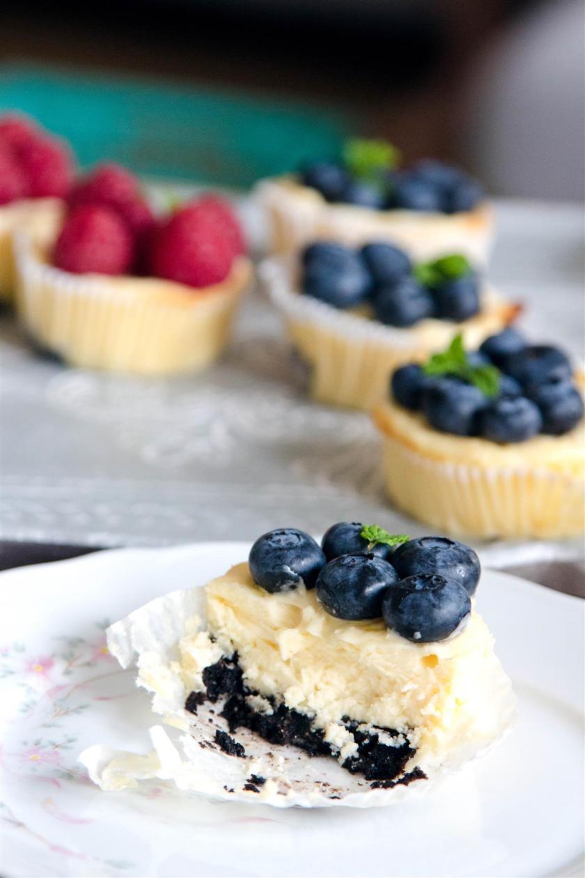 Quarkmuffins-mit-Oreoboden-und-Früchten-Rezept-13
