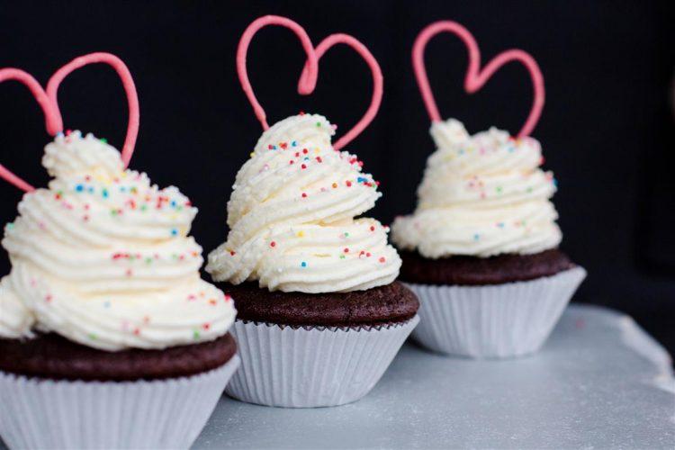 Cupcakes mit Herz zum Muttertag