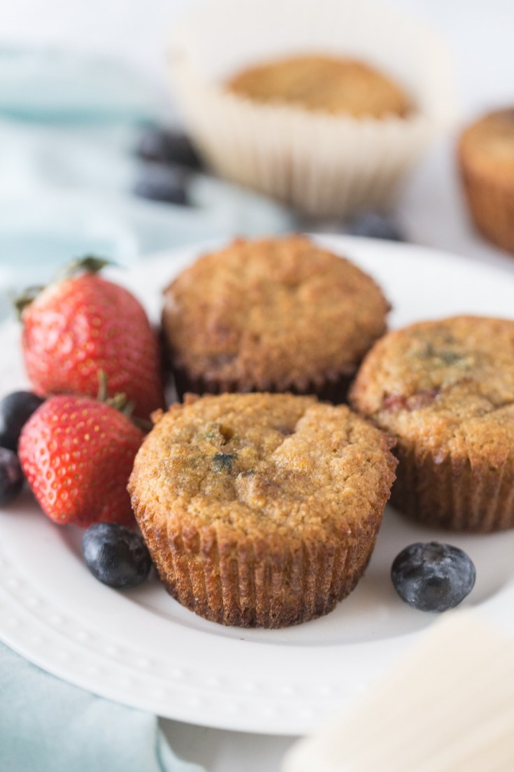 berry keto muffins with eggs