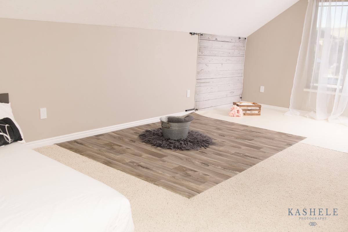 Image of studio illustrating 3 setups for a session for Utah Photography Studio post