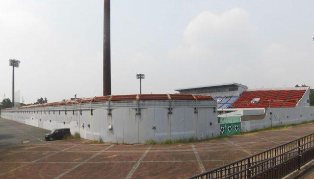 名古屋市港サッカー場 外観 屋根 スタジアムガイド