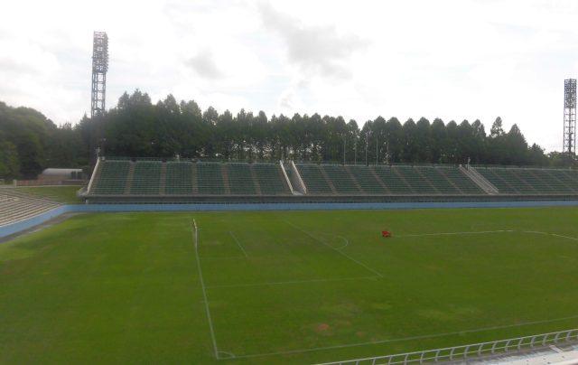 栃木県グリーンスタジアム メインスタンド 見え方 専用スタジアム