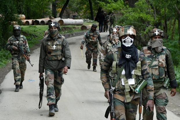 Gunfight rages in Central Kashmir's Budgam