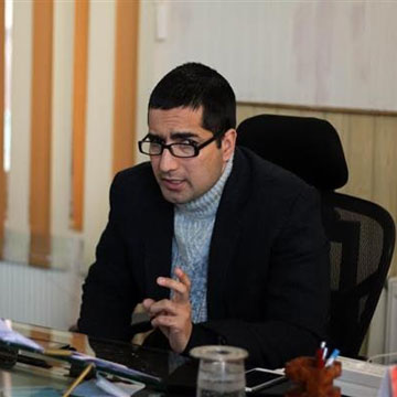Give me ideas, my choice of politics will be decided by real people: Shah Faesal to Kashmir youth