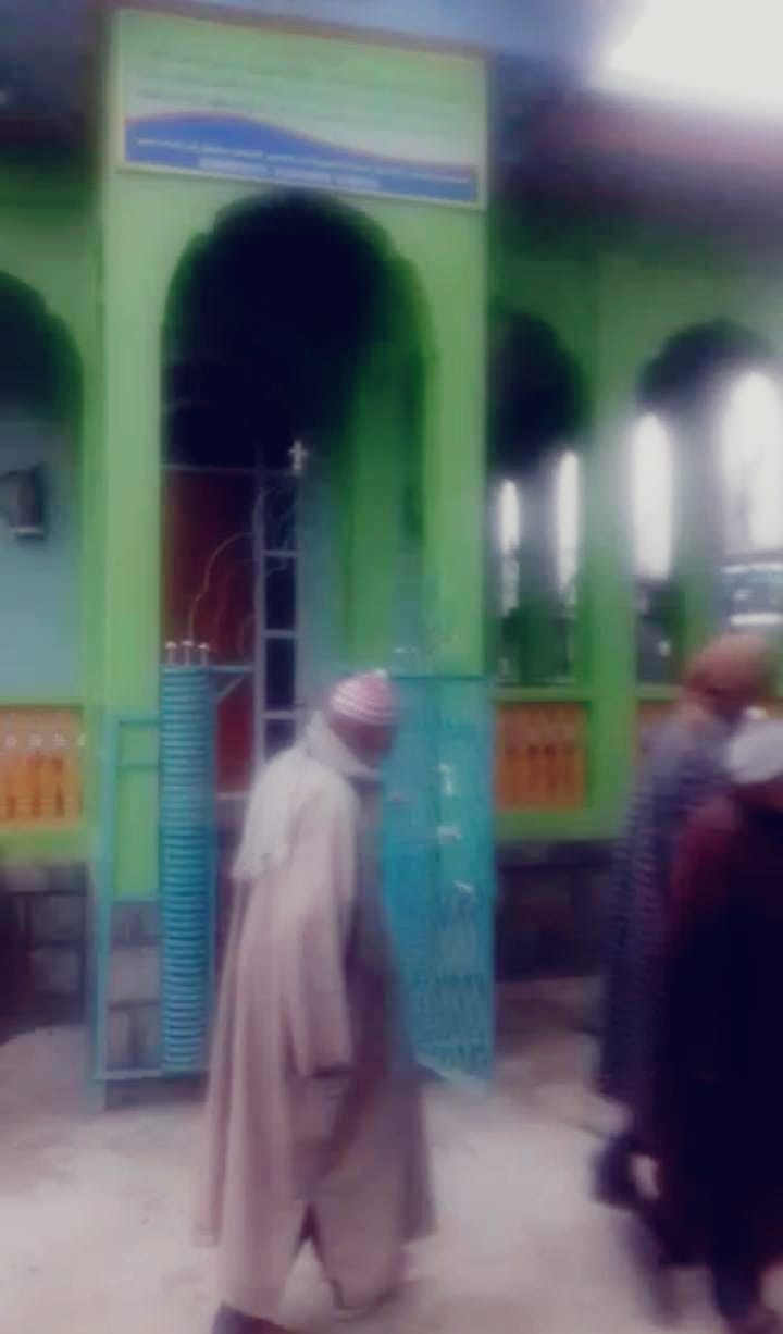 Unknown persons damage Shrine in Pulwama village, one arrested