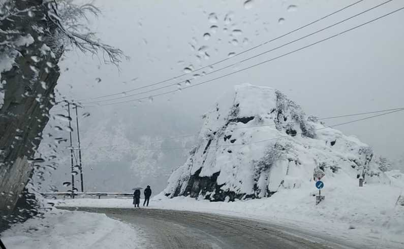 Jammu-Srinagar highway to open today