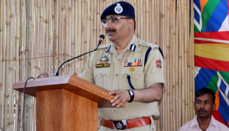 Be vigilant in view of increased infiltration bids: DGP to officials