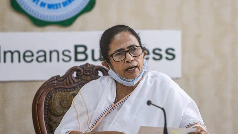Scrapping J-K's statehood disreputed nation: Mamata slams Centre