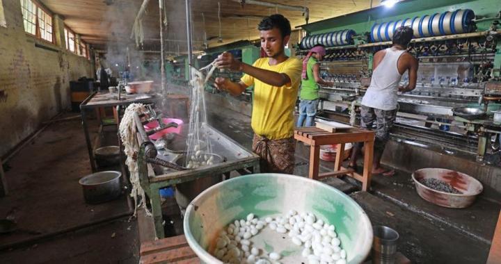 1924 – Agitation in Silk Industry in Jammu Kashmir