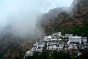 Things to consider before planing Vaishno Devi Yatra in Jammu Kashmir