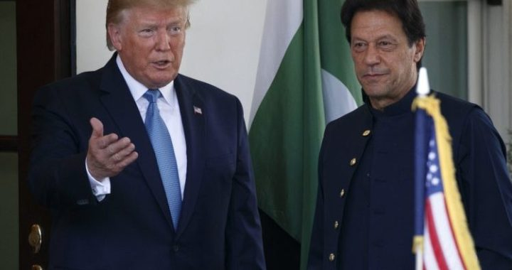 PM Pakistan Imran Khan's and US President Donald Trump complete Discussion on Kashmir.