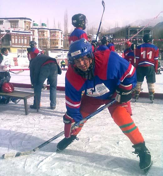 Fida Hussain practicing Ice hockey in Leh.