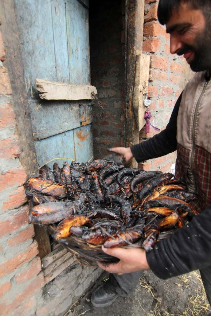 Temporary closure of the Jammu-Srinagar highway during winters resulted in is a shortage of fresh vegetables and many households are resorting to using dried vegetables, pulses and smoked fish.