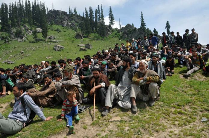 """Sighting Assurance: After army's sanitising drive, J&K RTI Movement and Tosamaidan Bachao Front in association with JK Rural Voice and Panchayat Association of Budgam are organising 2 day festival on 9th and 10th August, 2014 at Tosamaidan which will be known as Jashn-Ne-Tosamaidan: """"This festival will mark the beginning of Tosamaidan as a Tourism Destination."""""""