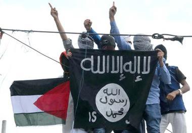 ISIL-flag-in-Srinagar-Kashmir