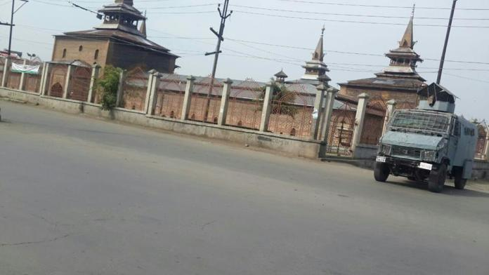 A view of complete shutdown in Old City of Srinagar on Saturday. (KL Photo)