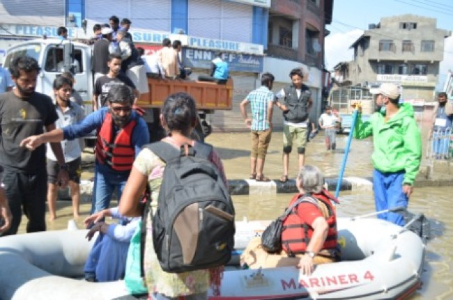Volunteers during rescue operation.