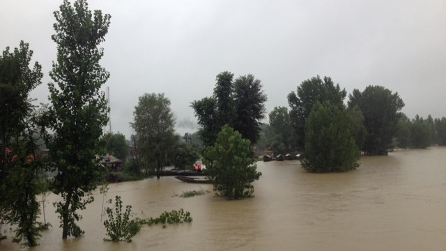 River Jehlum overflowing the banks  at Pampore