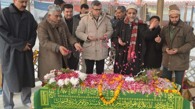 Omar AT Sheikh's graveyard (3)