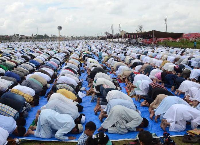 Muslim devotees offering Namaz on the occasion of Eid-Ul-Fitr at Eid Ghar srinagar on Saturday 18 July 2015PHOTO BY BILAL BAHADUR