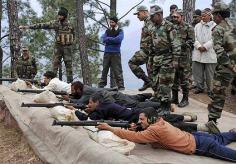 مقبوضہ کشمیر:بی جے پی کا غیر کشمیری ہندوئوں کو ہتھیاروں سے مسلح کرنے کا مطالبہ