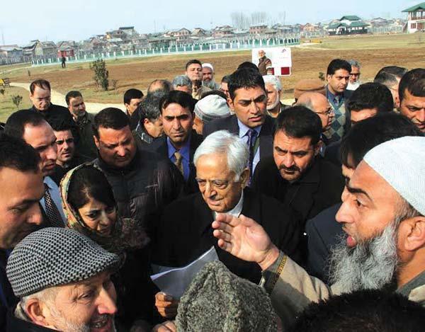 CM-at-Eidgah-Park-on-22nd-December-2015