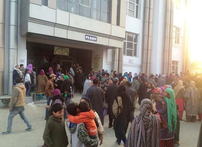 Mothers with their kids crowded the hospital in Pampore
