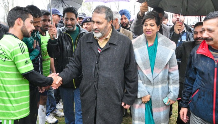 Div Com Kashmir during his visit to Baramulla.