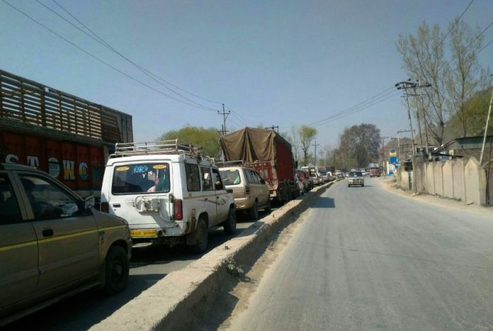 Traffic chaos at Pantha Chowk. (Photos: Special Arrangements)