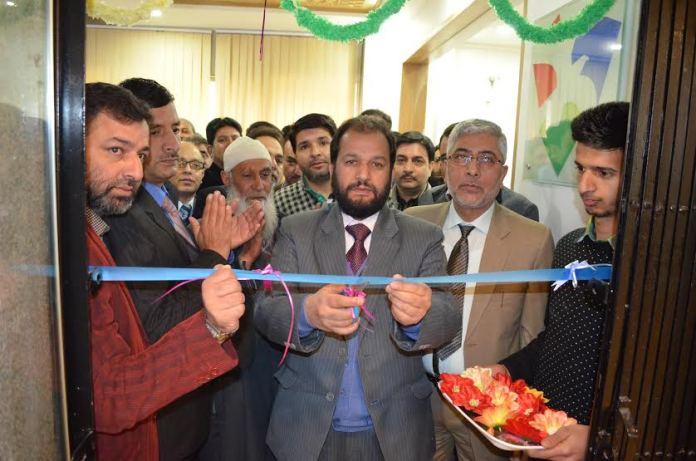 Zonal Head Kashmir Central (II) Tasaduq Ahmad Dar inaugurated the business unit and a new premises for Cluster (II) Ganderbal in presence of Cluster Head Shafat Maqbool Kitab.