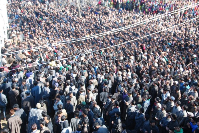 Thousands turned up for Dawood's funeral.