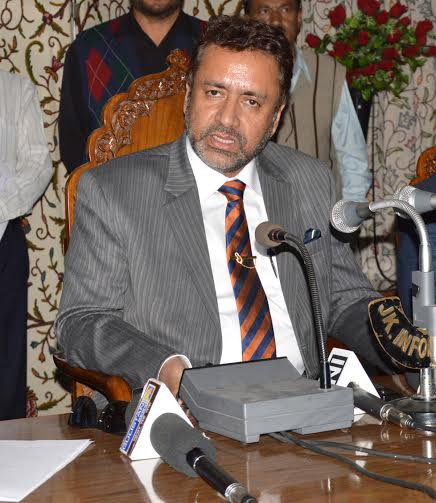 Minister for Consumer Affiars and Public Distribution, Chaudhar Zulfikar addressing a press conference in Srinagar. (KL IMAGE)