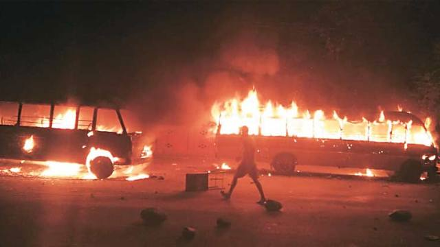 Violent clashes between youth and police took place following alleged desecration of temple in Jammu. (KL Image courtesy: The Indian Express)