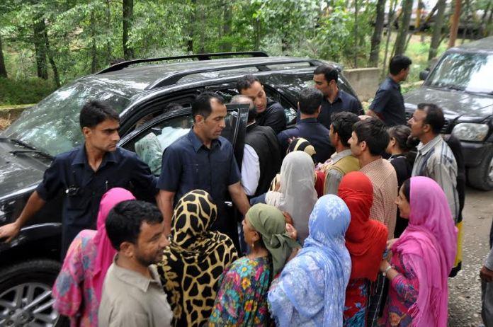 Mehbooba Mufti in Islamabad on June 11, 2016