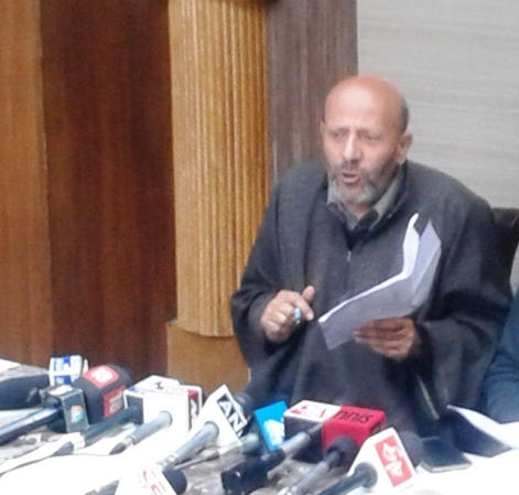 Er Sheikh Abdul Rasheed addressing media personnel (not in picture) in this KL file Image.